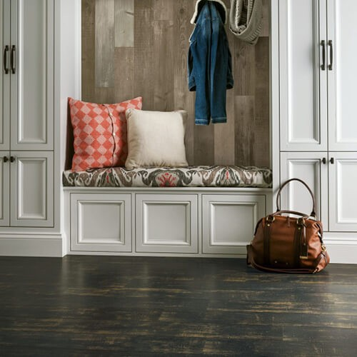 Antique structure Laminate | Pilot Floor Covering